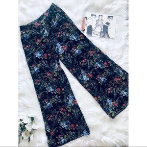 final touch | Black Floral Wide Leg Pants